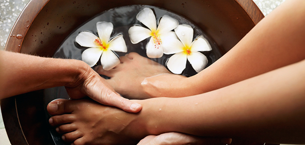 Manicures and Pedicures - Vir tu Spa