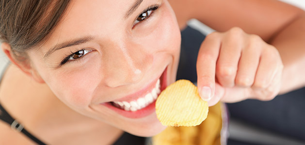 Learn How to Snack Your Way to Weight Loss - Virtua Articles
