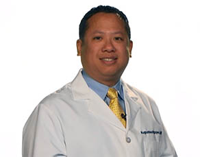 Dr. Augustine Nguyen, a Virtua general surgeon