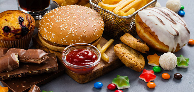 What Causes Food Addiction and What Are the Signs?